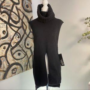 Asilio Cut out turtleneck sweater asilio new